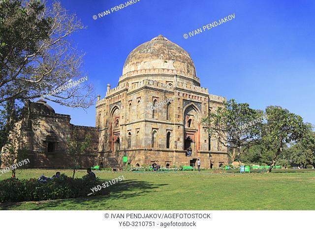 Bara Gumbad, Lodhi Garden, New Delhi, India