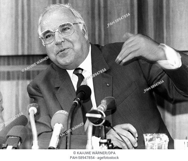 German Chancellor and Chairman of the Christian Democratic Union (CDU) Helmut Kohl on 22 August 1989 at the press conference in Bonn with the subject of the...