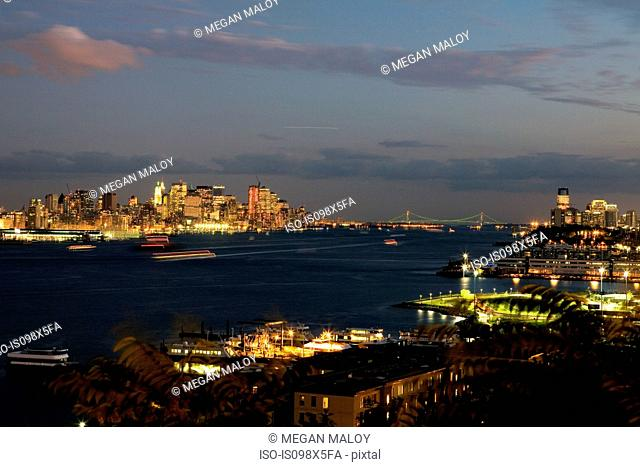 View of Manhattan and Hudson River at dusk, New York City, USA
