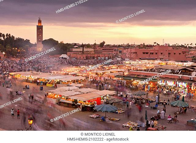 Morocco, Haut Atlas, Marrakech, Imperial city, Medina listed as World Heritage by UNESCO, Jemaa El Fna square