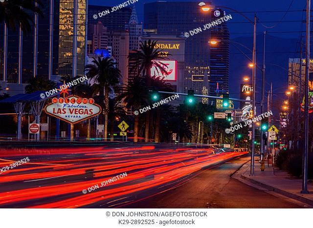 Las Vegas Blvd with the Las Vegas welcome sign, Las Vegas, Nevada, USA