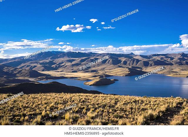 Peru, Puno Province, the road between Chivay and Puno, Laguna Lagunillas is one of the highest lakes on the Andean plateau (alt : 4174m)