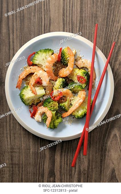 Sautéed broccoli with chilli prawns and coconut flakes (Asia)