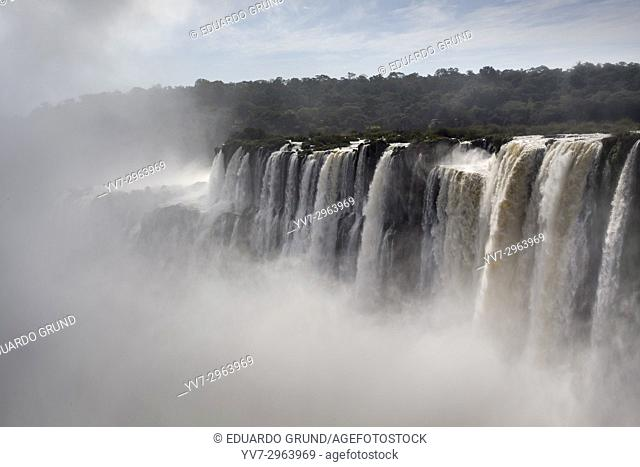 The Devil's Throat is a set of waterfalls 80 m high that detach towards a narrow gorge, is the largest flow of Iguazu Falls, and the highest flow in the world