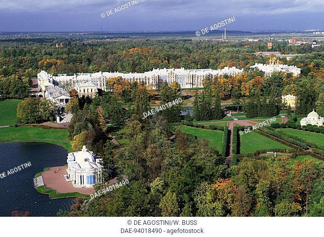 Aerial view of Catherine Palace, 1752-1756, architect Bartolomeo Francesco Rastrelli (1700-1771) (Unesco World Heritage List, 1990), Pushkin (Tsarskoye Selo)