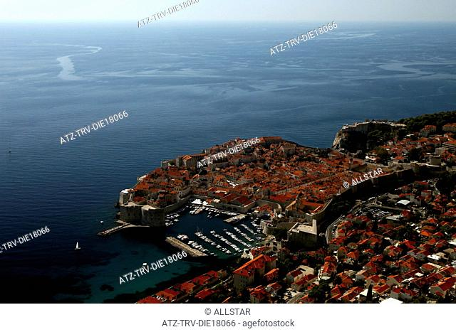 ELAVATED VIEW OF DUBROVNIK OLD TOWN & CITY WALLS; OLD TOWN, DUBROVNIK, CROATIA; 05/10/2011