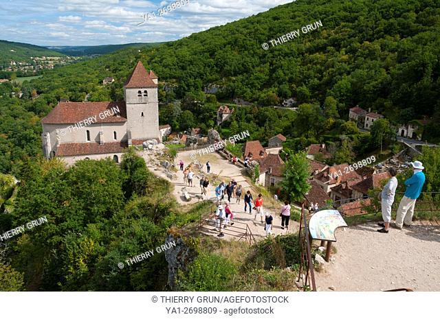 France, Quercy, Lot (46), Saint-Cirq-Lapopie village, view from La Popie rock