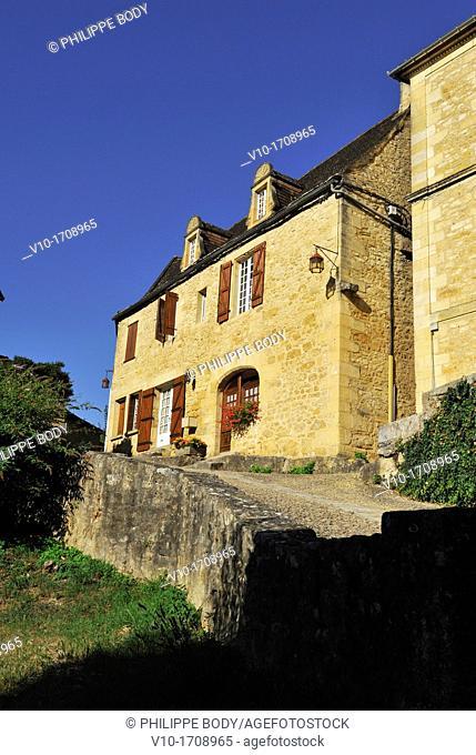France, Perigord, Dordogne, Beynac-et-Cazenac, medieval village