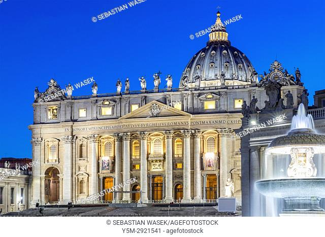 St. Peter's Square, Vatican City, Italy, Europe