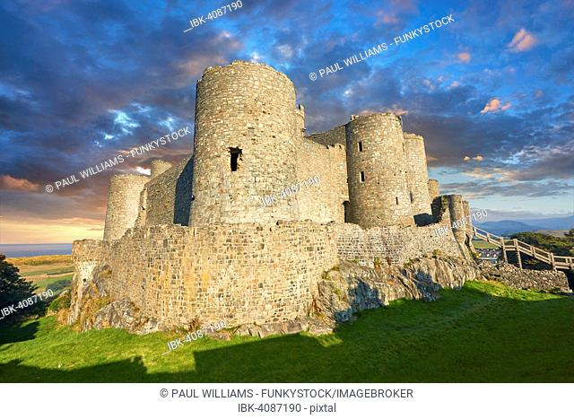 The medieval Harlech Castle, built 1282 - 1289 for King Edward I, UNESCO World Heritage Site, Conwy, Wales, United Kingdom