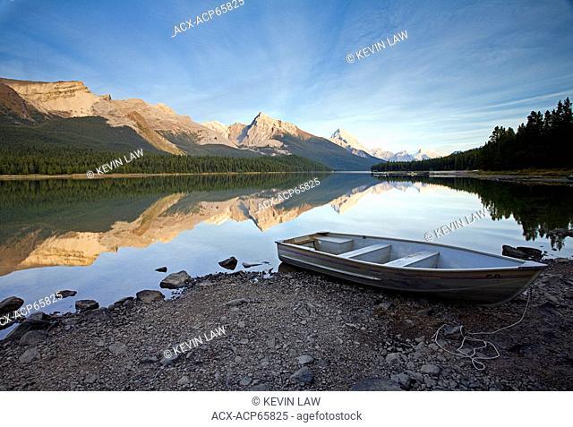 Row boat on shore at Maligne Lake, Jasper National Park, Alberta, Canada