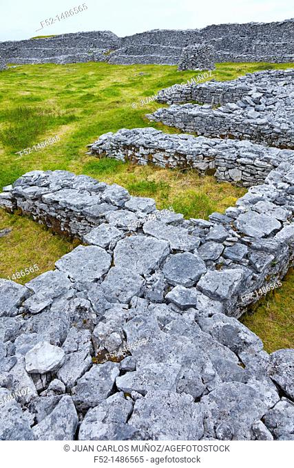 Dún Conchuir Fort Inishmaan Island - Inis Oirr  Aran Islands, Galway County, West Ireland, Europe