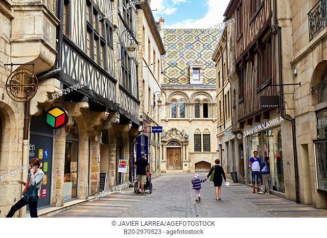 Rue Stephen Liegeard, Hotel Aubriot, Dijon, Côte d'Or, Burgundy Region, Bourgogne, France, Europe