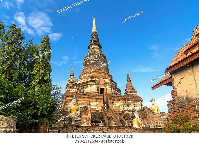Chedi of Wat Yai Chai Mongkhon, Ayutthaya Historical Park, Thailand, Asia