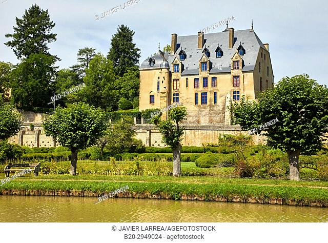 Chateau, Canal of Nivernais, Châtillon-en-Bazois, Nievre, Bourgogne, Burgundy, France, Europe