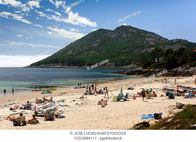 San Francisco beach and Monte Louro, Louro, Muros, La Coruna province, Region of Galicia, Spain, Europe