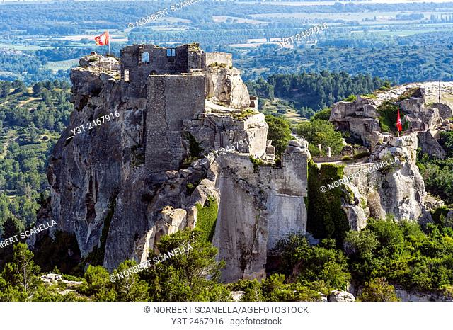 Europe. France. Bouches-du-Rhone. Alpilles hills. Regional park of the Alpilles. Les Baux de Provence, labeled the most beautiful villages in France