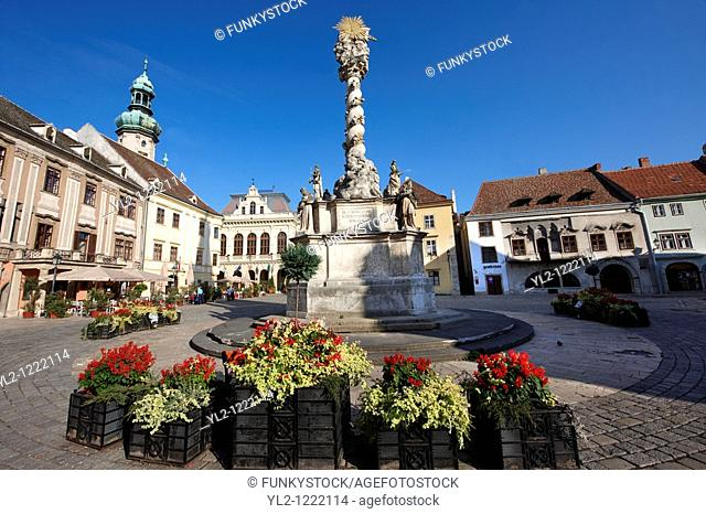 The Holy Trinity Statue, the first Baroque twisted coloumn in Central Europe  1695-1701 - Fo Square - Sopron, Hungary