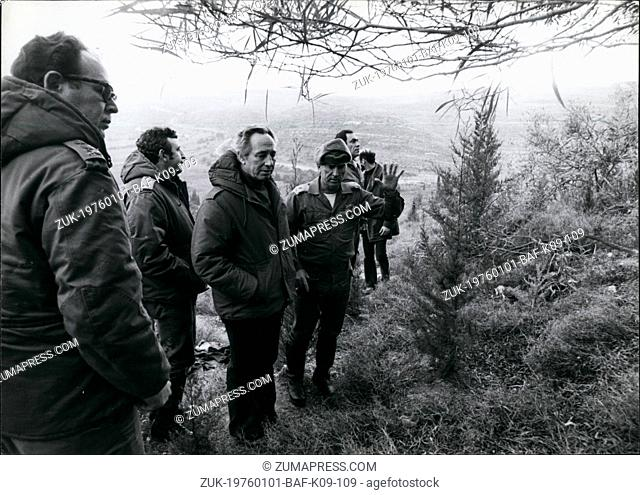 Jan. 01, 1976 - Shimon Peres, Lebanon border (Credit Image: © Keystone Press Agency/Keystone USA via ZUMAPRESS.com)