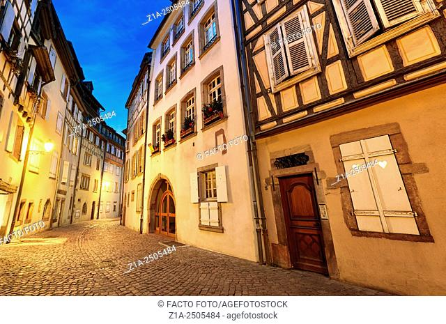 Tanner«s district The houses, mostly date back to the 17th and 18th centuries, were used by tanners who worked and lived there Colmar, Alsace, FranceÊ
