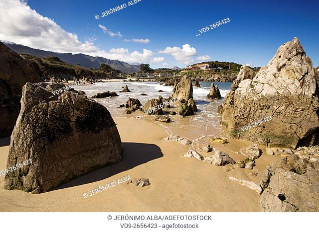 Playa de Toró. Llanes, Cantabrian Sea, Asturias Spain, Europe