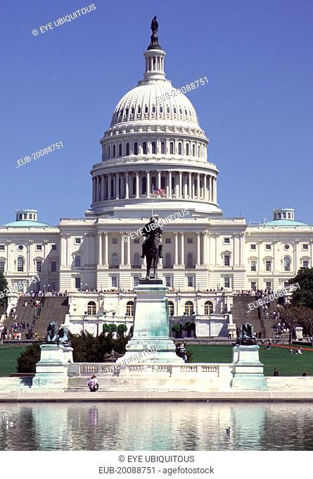 General Ulysses S Grant equestrian sculpture and The Capitol Building, Capitol Hill