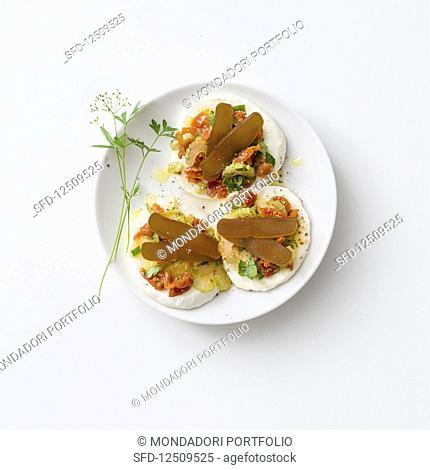 Mozzarella cakes with bottarga and celery