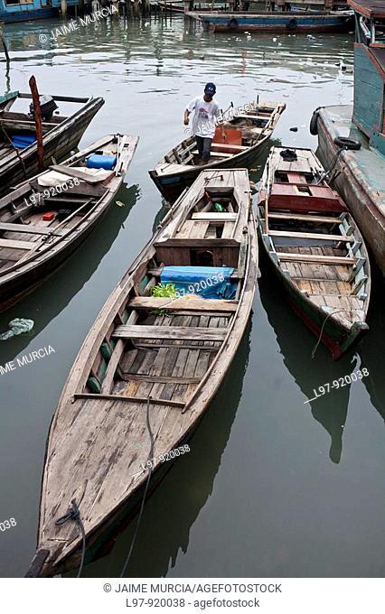 Sampan boats indonesia