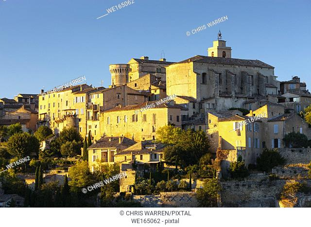 Gordes Apt Vaucluse Provence-Alpes-Côte d'Azur France in evening light