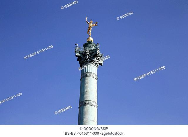 Genie de la bastille statue on top of a column, Paris