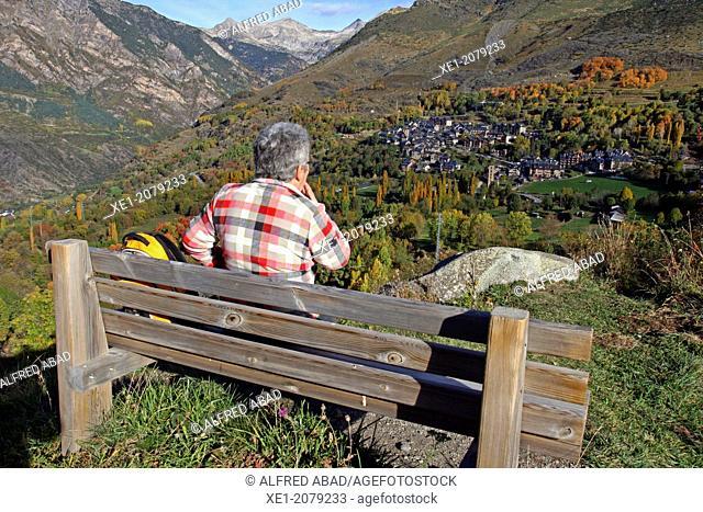 Bench, gazebo, Taüll, Vall de Boi, Pyrenees, Catalonia, Spain