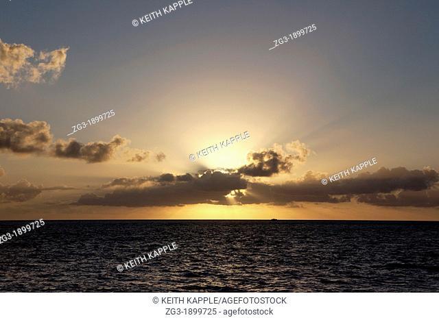 Sunbeams over the Florida Keys, Just before sunset, Florida, USA