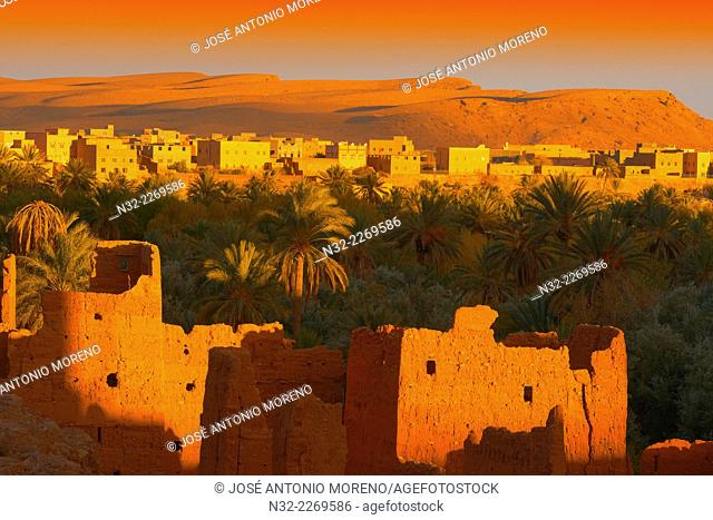 Tinerhir, Tineghir, Tinghi, Sunset, Todra valley, Todra Gorges, Oasis, landscape, Old Kasbah, Morocco, North Africa