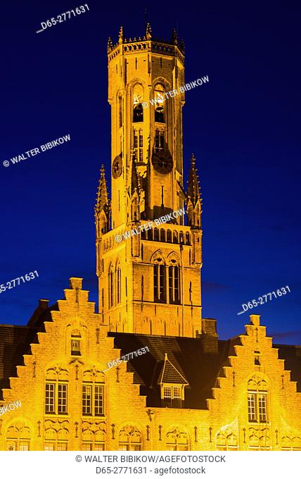 Belgium, Bruges, The Markt, the Belfort tower, dusk