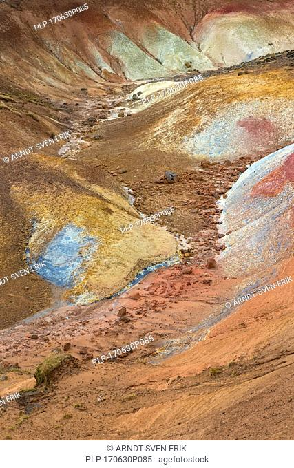 Seltun, geothermal field showing volcanic fumaroles, mud pots and hot springs, Reykjanes Peninsula, Iceland