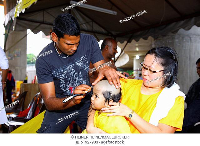 Hindu head shave Stock Photos and Images | age fotostock