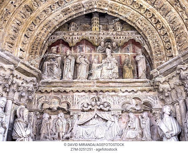 Pórtico de la catedral de Tui. Pontevedra. Galicia. España
