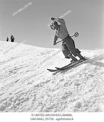 Ein Ausflug in ein Skigebiet in Bayern, Deutsches Reich 1930er Jahre. A trip to a Ski region in Bavaria, Germany 1930s