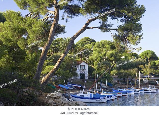 Cove, Cap d'Antibes, D'Azur, France