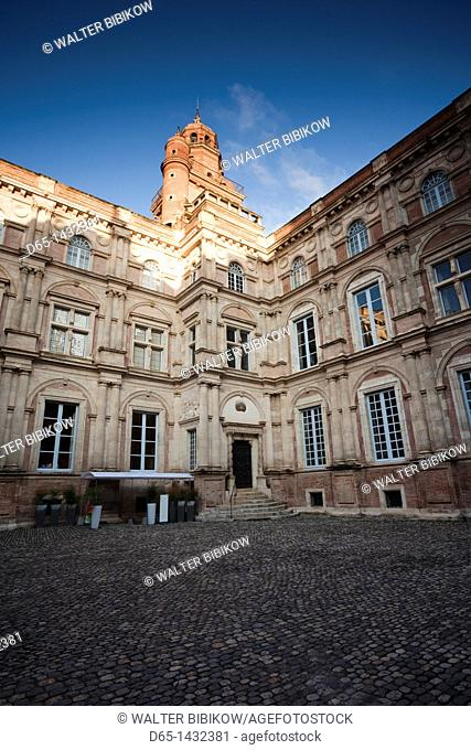 France, Midi-Pyrenees Region, Haute-Garonne Department, Toulouse, Hotel d'Assezat, finest private mansion in the city, home of the Foundation Bemberg