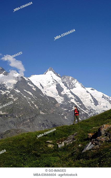 Woman while hiking, Grossglockner (mountain)