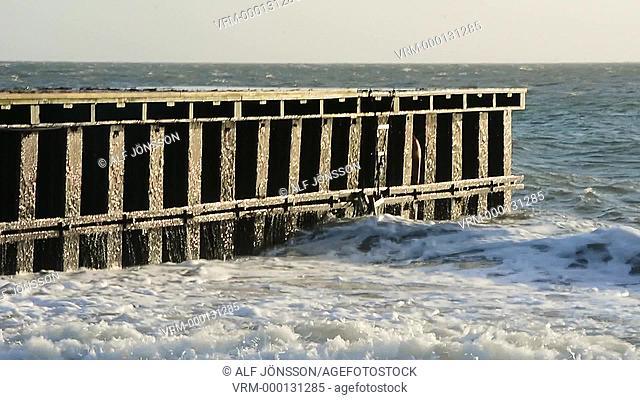Waves at footbridge