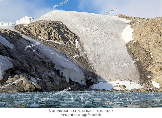 arctic landscape with glacier and mountains, Raudfjorden, Spitsbergen, Svalbard