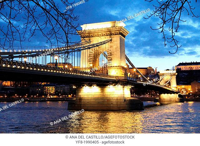 Chain bridge over Danube river at Budapest at night