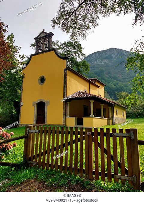 Nuestra Señora de la asunción church, Vegarrionda village, La Marea valley, Piloña municpality, Asturias, Spain