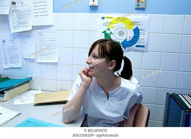 Photo essay at the department of dermatology at the Bocage hospital, University Hopital of Dijon, France. Nurse's aide