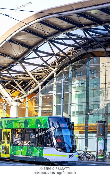 Australia, Docklands, Melbourne, Southern Cross railway station, Spencer Street station, Victoria, new green tram