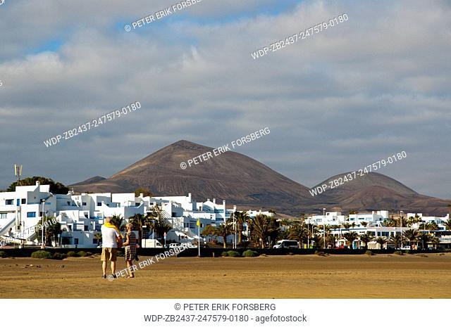View from Playa de los Pocilllos beach, Puerto del Carmen, Lanzarote, Canary Islands, Spain, Europe