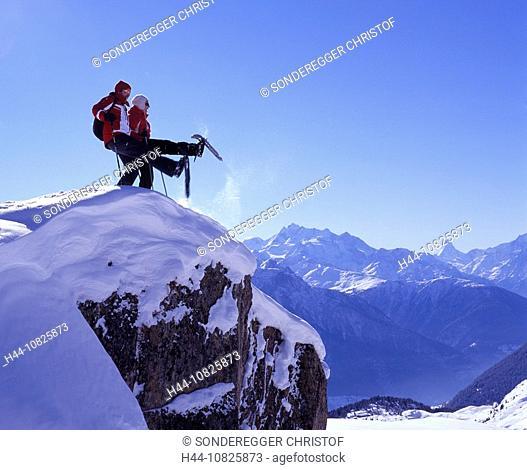 Couple, fun, joke, snow shoe walking, Aletsch glacier, snow shoes, tour, mountains, Alps, sports, winter, snow, winter
