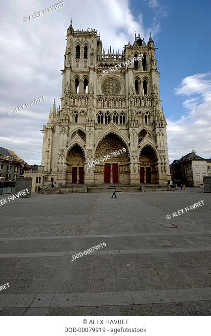 France, Somme, Amiens, Cathedrale Notre-Dame d'Amiens, facade of circa 13th century Gothic cathedral